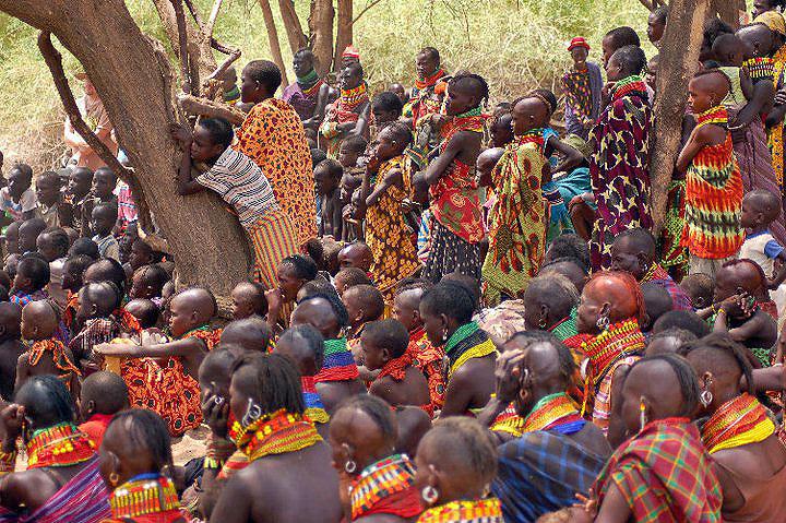 AG-2011KenyaII-group-of-Turkana-listening-to-homily